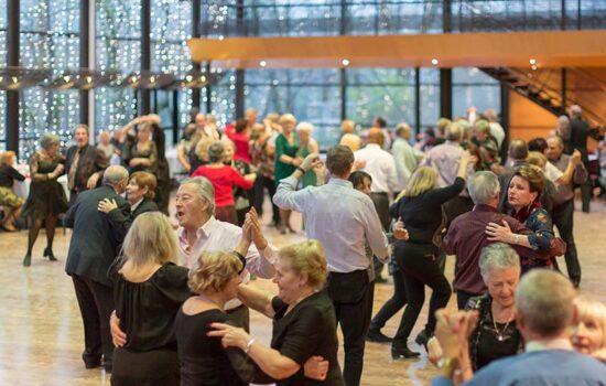 Le bal du Moulin Brûlé, toujours un franc succès.