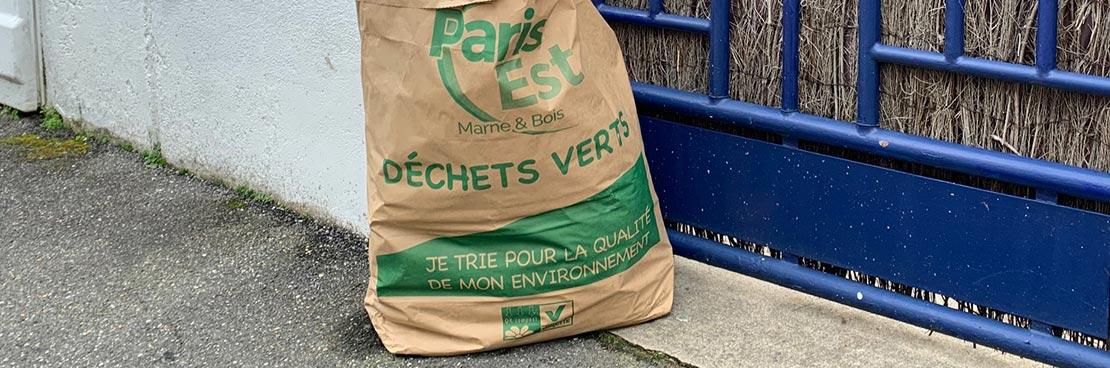 Distribution des sacs de déchets végétaux